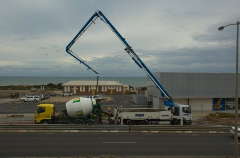 Concrete-pump-20120210-001