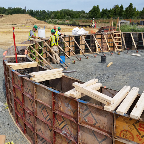 Steel Concrete Forms : Forming concrete foundation walls